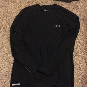 Under armor black shirt